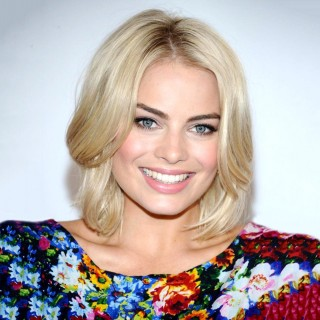 Margot Robbie download wallpapers