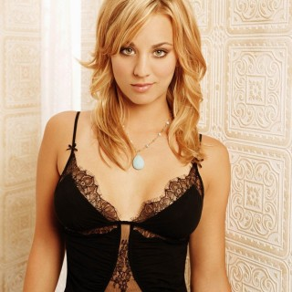 Kaley Cuoco background