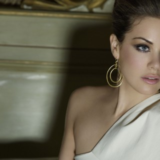 Roxanne Mckee high definition wallpapers