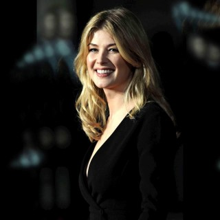Rosamund Pike wallpapers widescreen