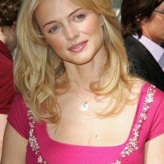 Heather Graham high resolution wallpapers