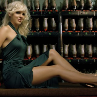 Anna Faris free wallpapers