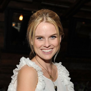 Alice Eve hd wallpapers