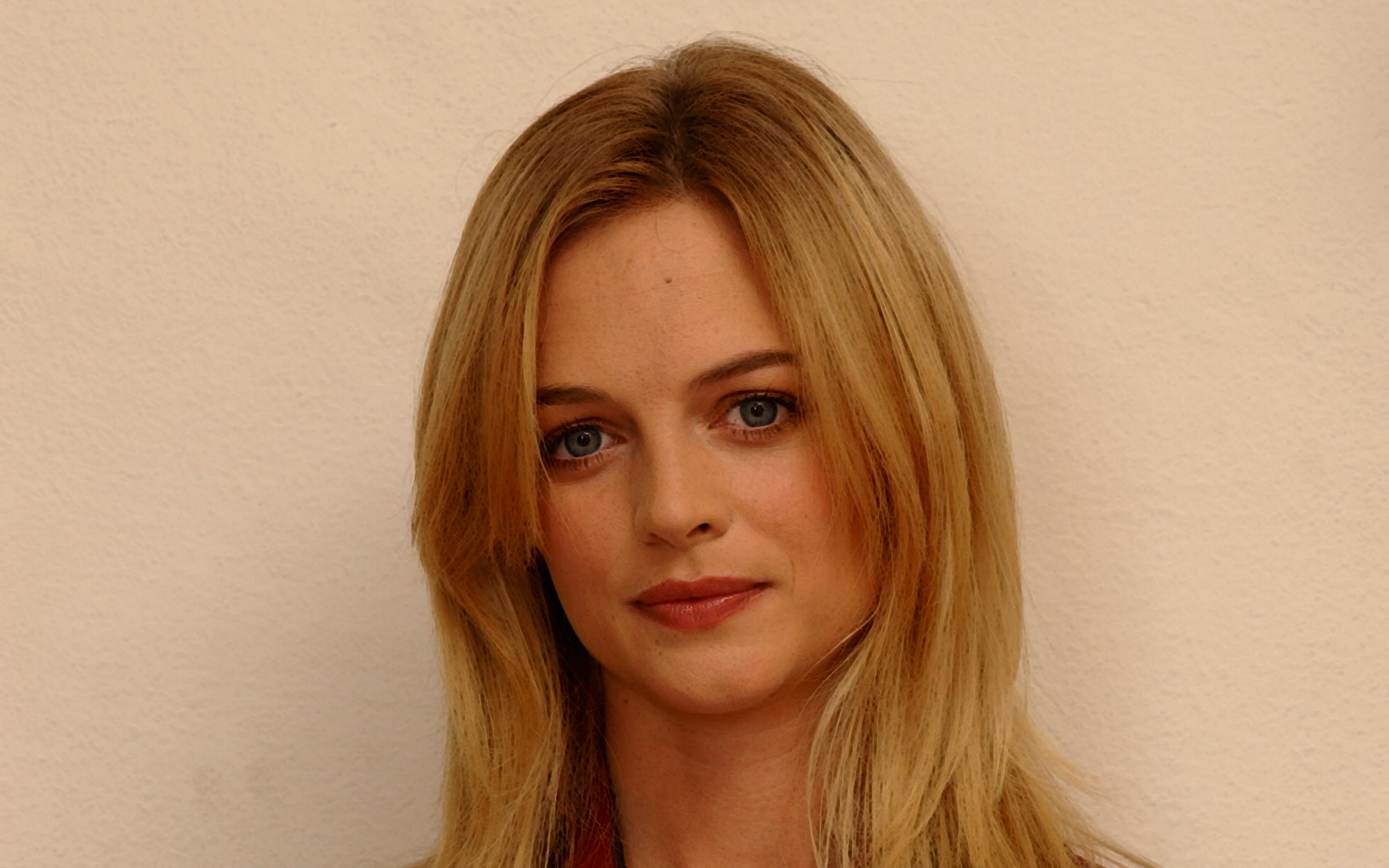Heather Graham HD Wallpapers
