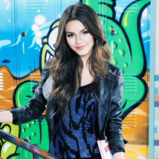 Victoria Justice free wallpapers