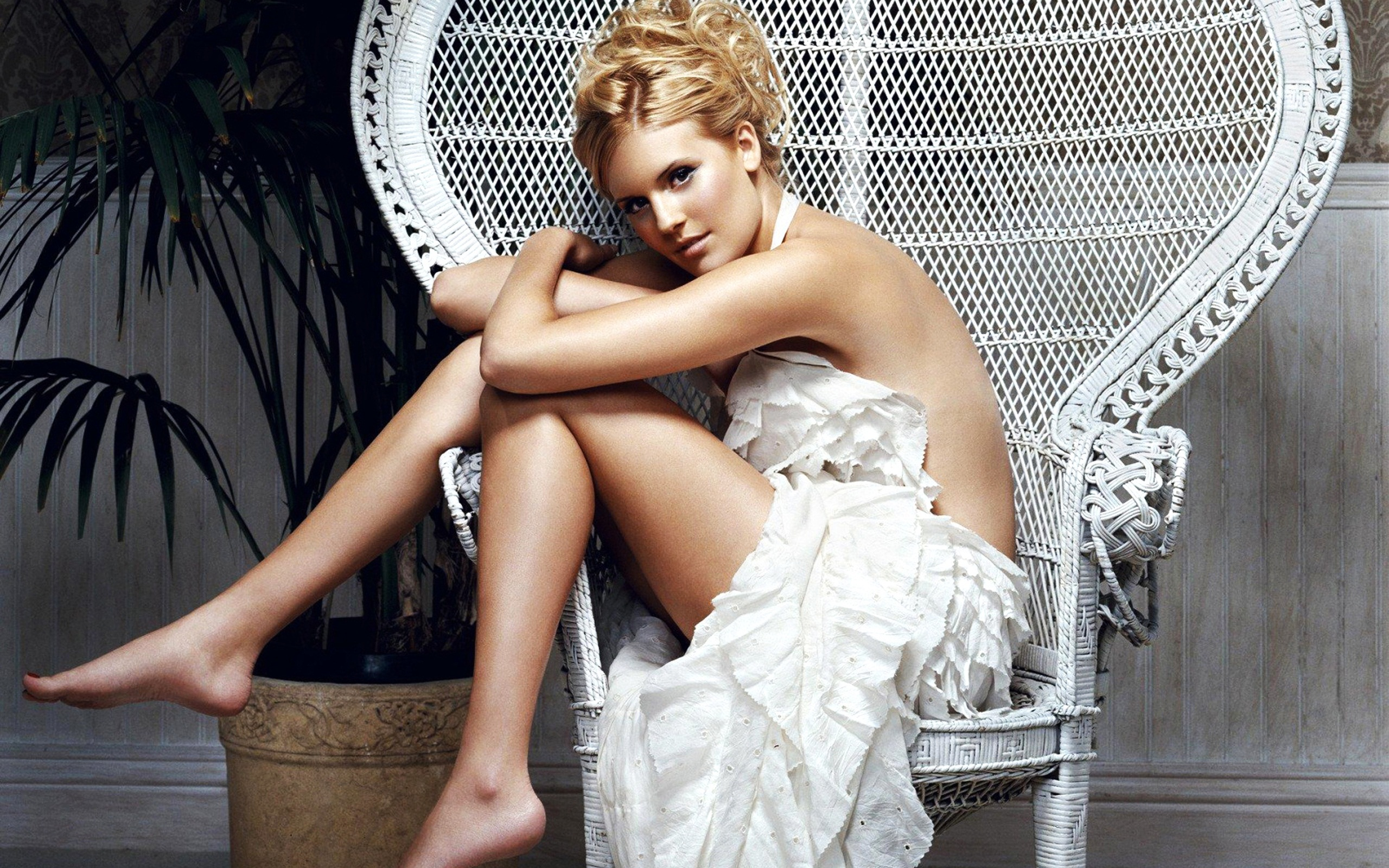 Maggie Grace HD Wallpapers