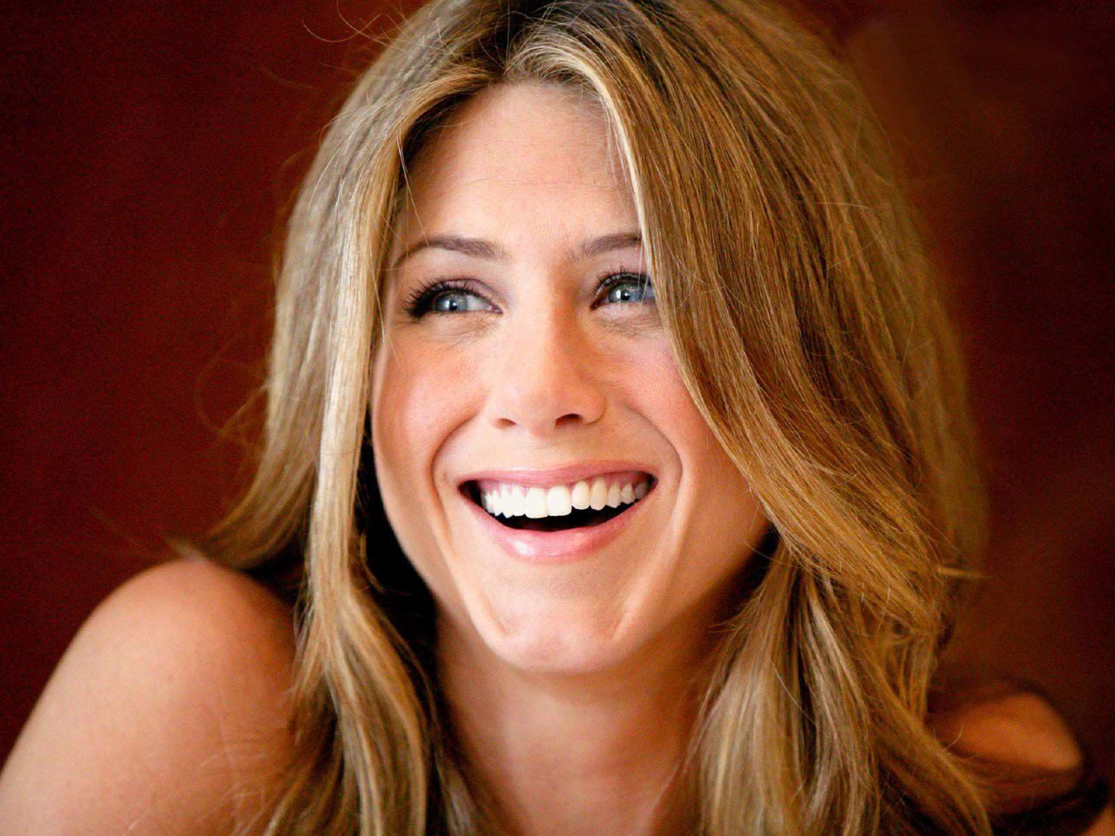 Jennifer Aniston: Jennifer Aniston HD Wallpapers For Desktop Download
