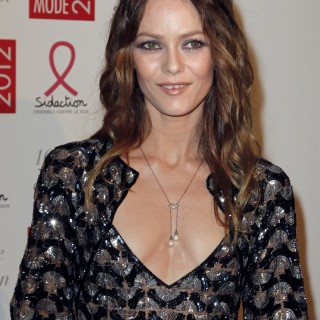 Vanessa Paradis download wallpapers