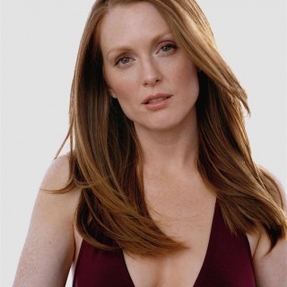 Julianne Moore background