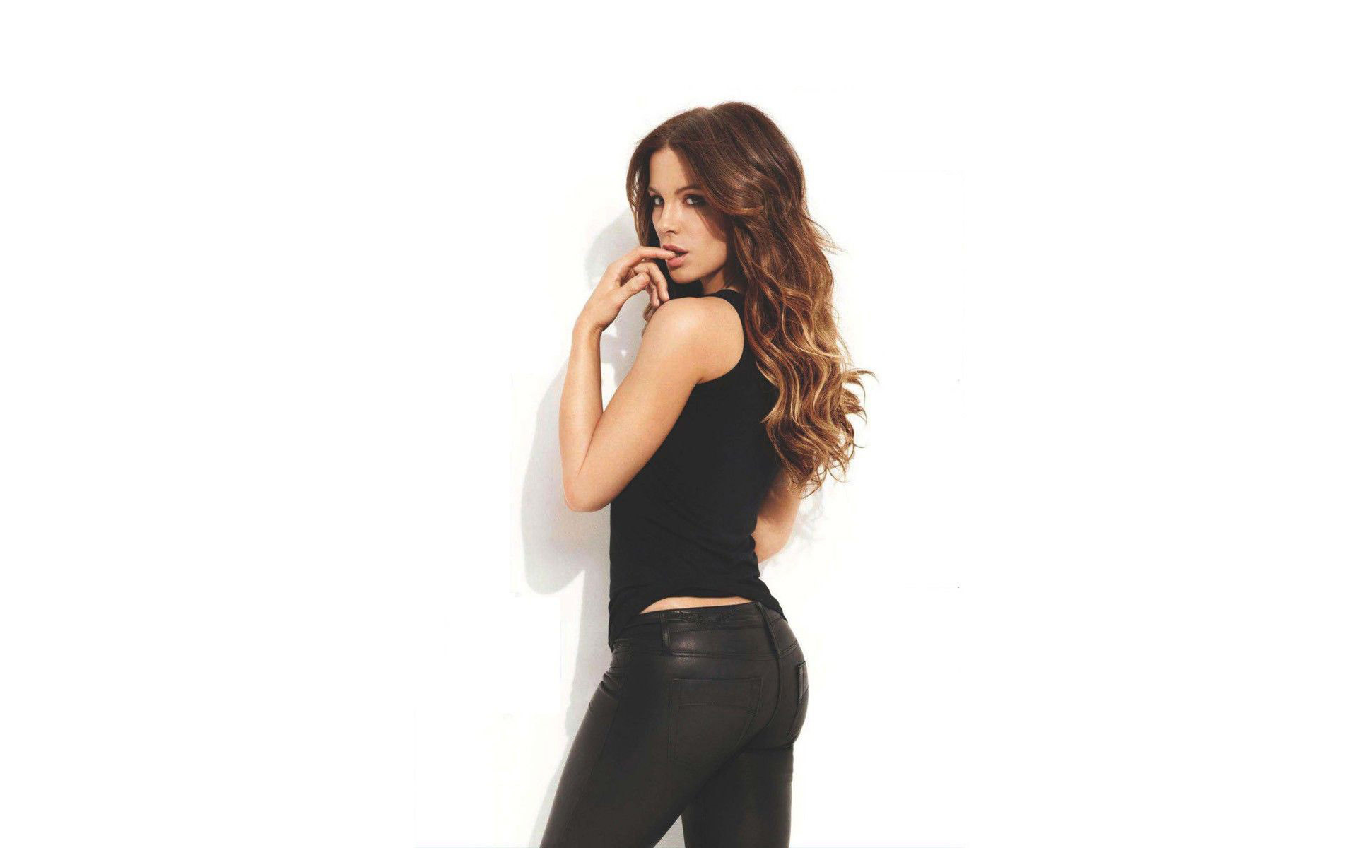 Kate Beckinsale HD Wallpapers