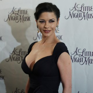 Catherine Zeta-Jones high quality wallpapers