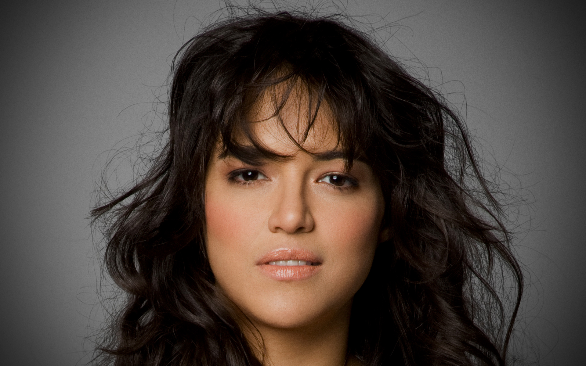 Michelle Rodriguez HD Wallpapers For Desktop Download