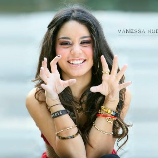 Vanessa Hudgens free wallpapers