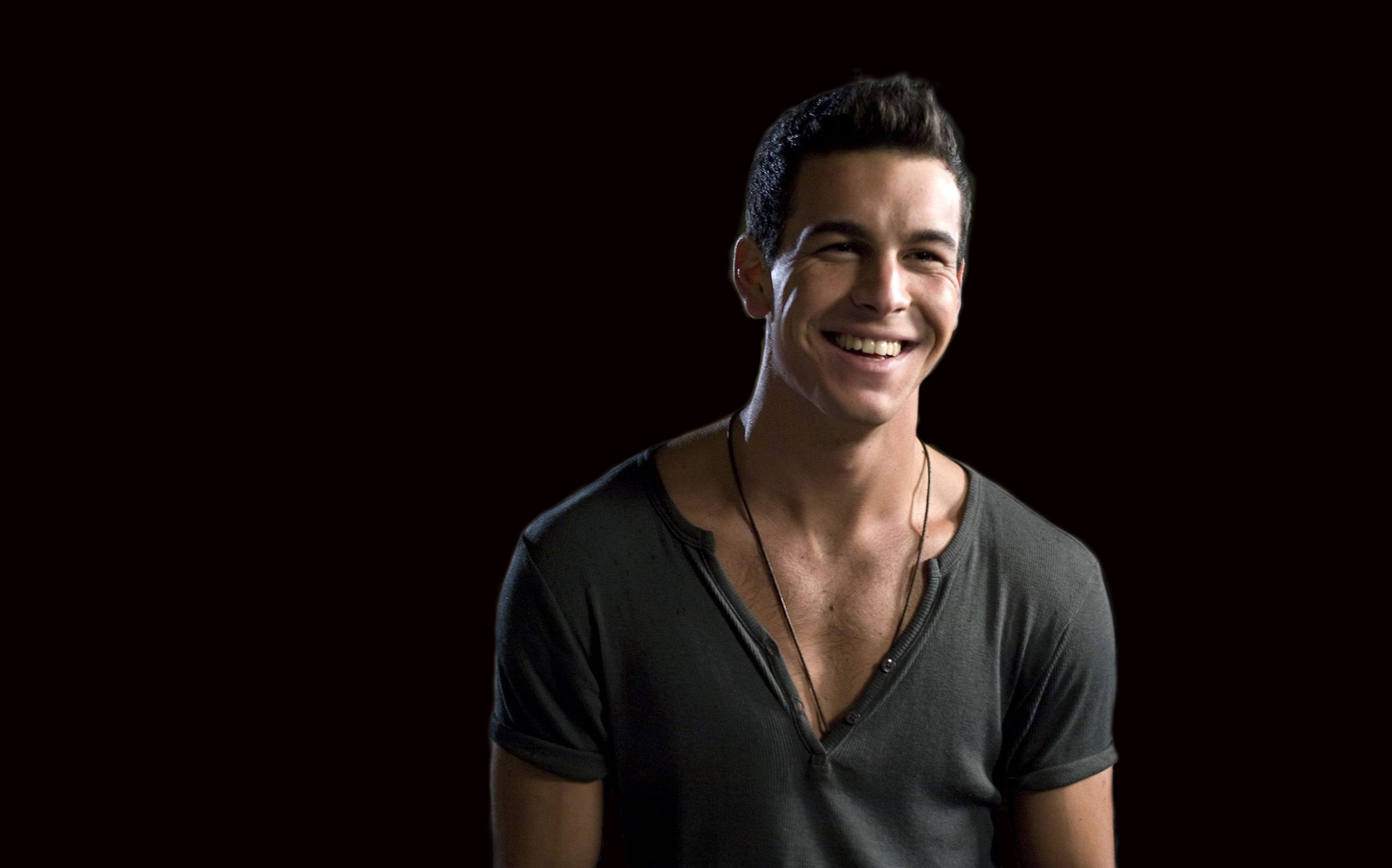 Mario Casas HD Wallpapers