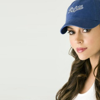 Alyssa Milano new