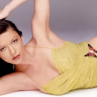 Catherine Zeta-Jones hd wallpapers
