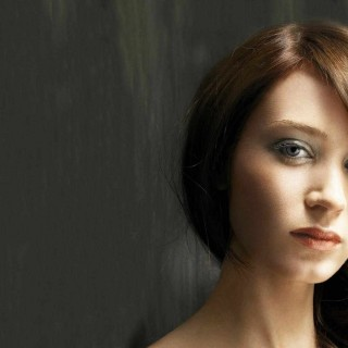 Emily Blunt free wallpapers