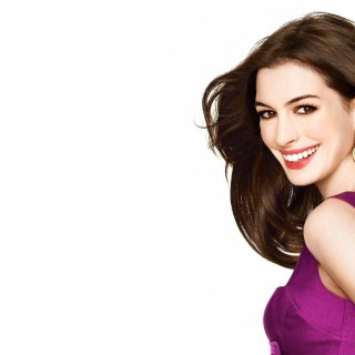 Anne Hathaway free wallpapers