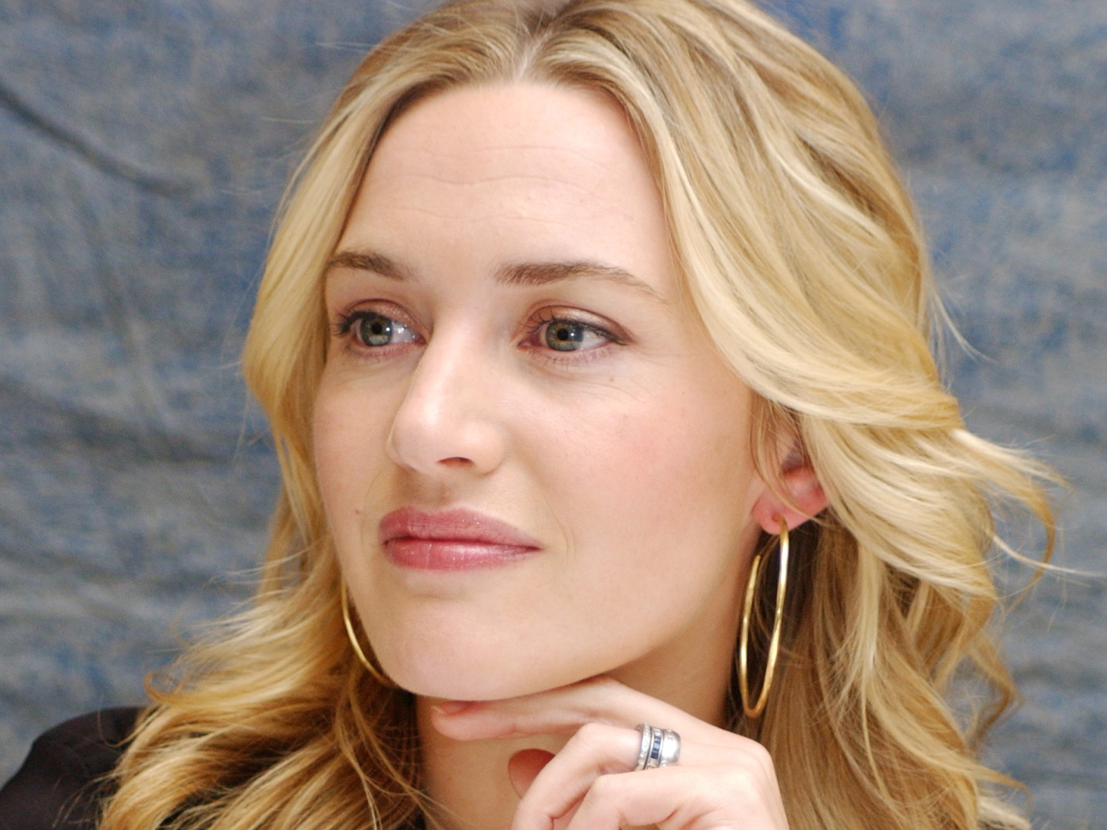 Kate Winslet Hd Wallpapers For Desktop Download