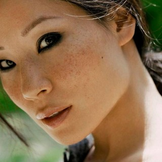 Lucy Liu wallpapers desktop
