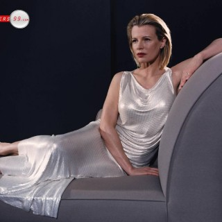 Kim Basinger hd wallpapers