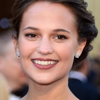 Alicia Vikander widescreen