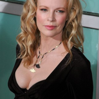Kim Basinger download wallpapers