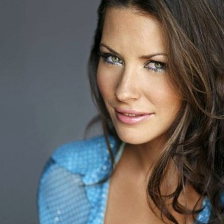 Evangeline Lilly background