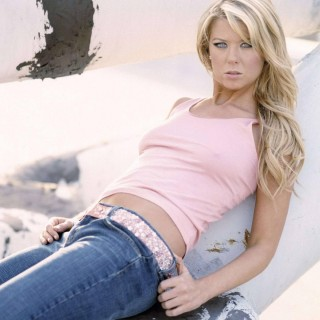 Tara Reid free wallpapers