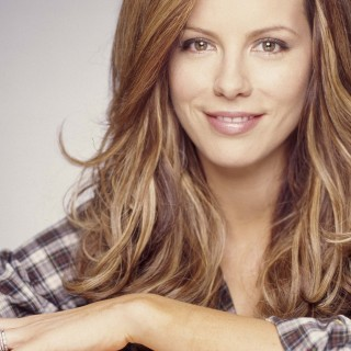 Kate Beckinsale background
