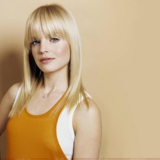 Mena Suvari wallpapers widescreen