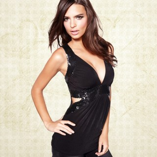 Emily Ratajkowski wallpapers widescreen