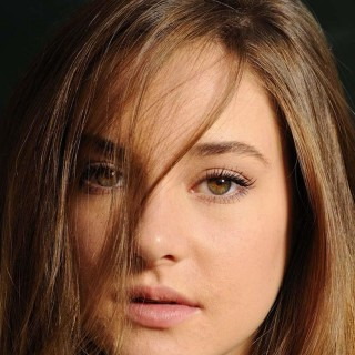 Shailene Woodley download wallpapers