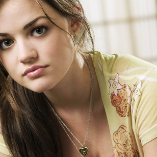 Lucy Hale download wallpapers