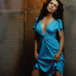 Alyssa Milano wallpapers widescreen