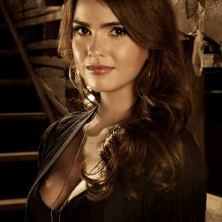 Shelley Hennig pics