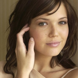 Mandy Moore widescreen