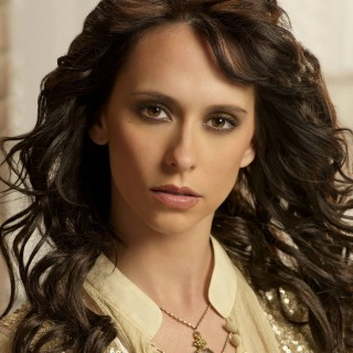 Jennifer Love Hewitt widescreen