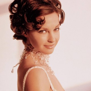 Ashley Judd background