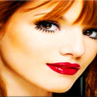 Bella Thorne high resolution wallpapers