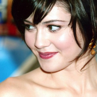 Mary Elizabeth Winstead widescreen