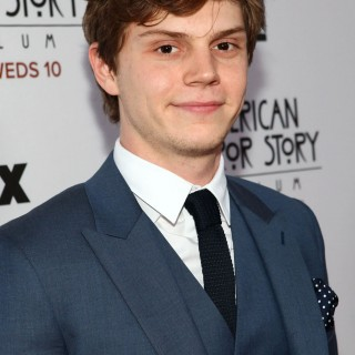 Evan Peters 2015