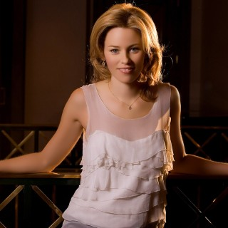 Elizabeth Banks wallpapers widescreen