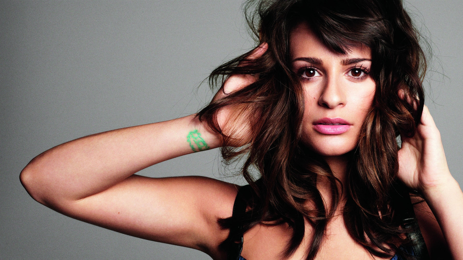 lea michele love is alive скачать