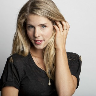 Emily Bett Rickards widescreen