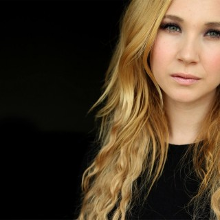 Juno Temple free wallpapers