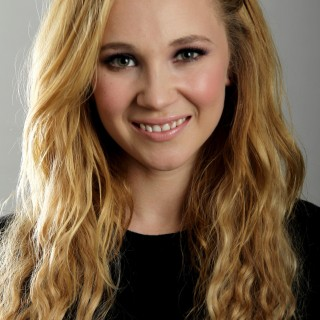 Juno Temple hd wallpapers