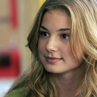 Emily Vancamp high definition wallpapers