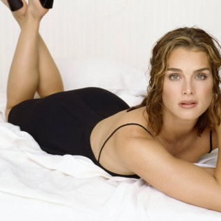 Brooke Shields wallpapers