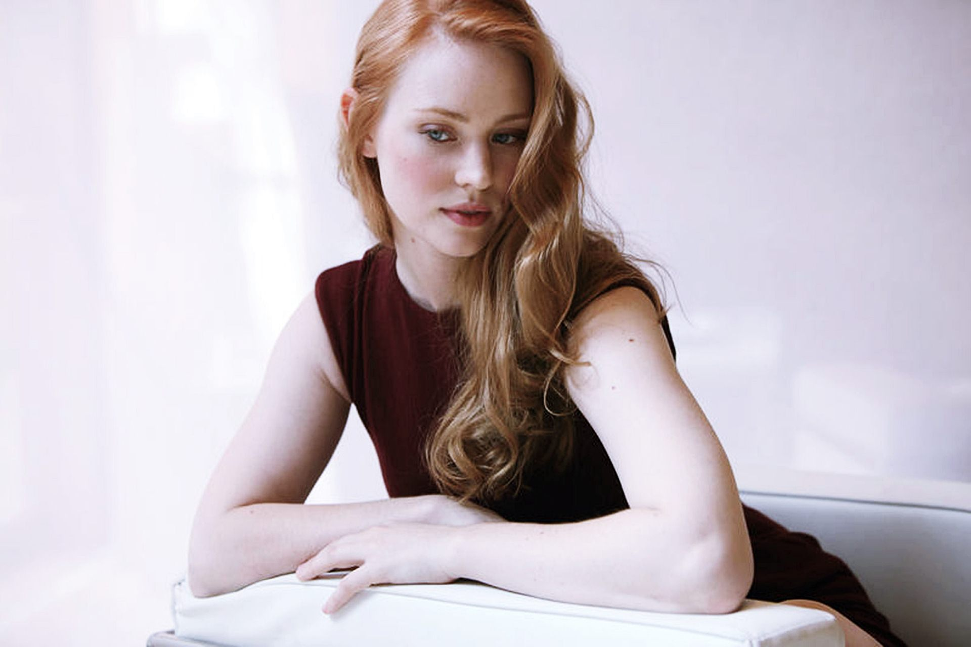 Deborah Ann Woll HD Wallpapers